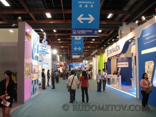 012 500x375 Главная азиатская IT выставка (часть 1)