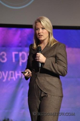 037 332x500 IT конференция Cisco Expo 2010 (часть 2)