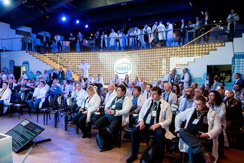 Intel Innovation Day 02